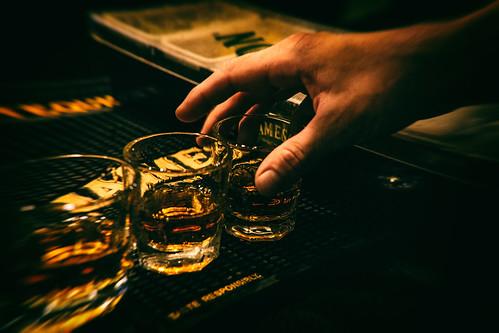 お酒に強い人と弱い人の違いとは?
