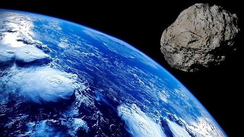 最大推定130mの小惑星が地球近くを通過していたことが判明