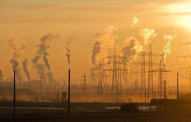大気汚染により世界の平均寿命は3年短縮、マックスプランク研究所