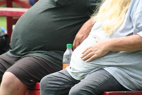 太っている人は新型コロナウイルス感染症で重症化しやすい