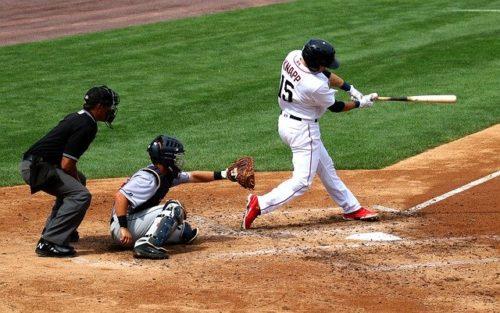 ゆっくりとしたフォームで投げると打者は振り遅れやすい、名古屋大学