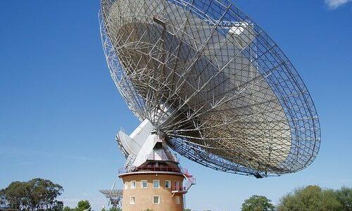 太陽系に最も近い恒星の方向から謎の電波を検出、地球外文明の探索プロジェクトで